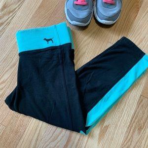 4/$25 PINK Victoria's Secret Cropped Yoga Pants